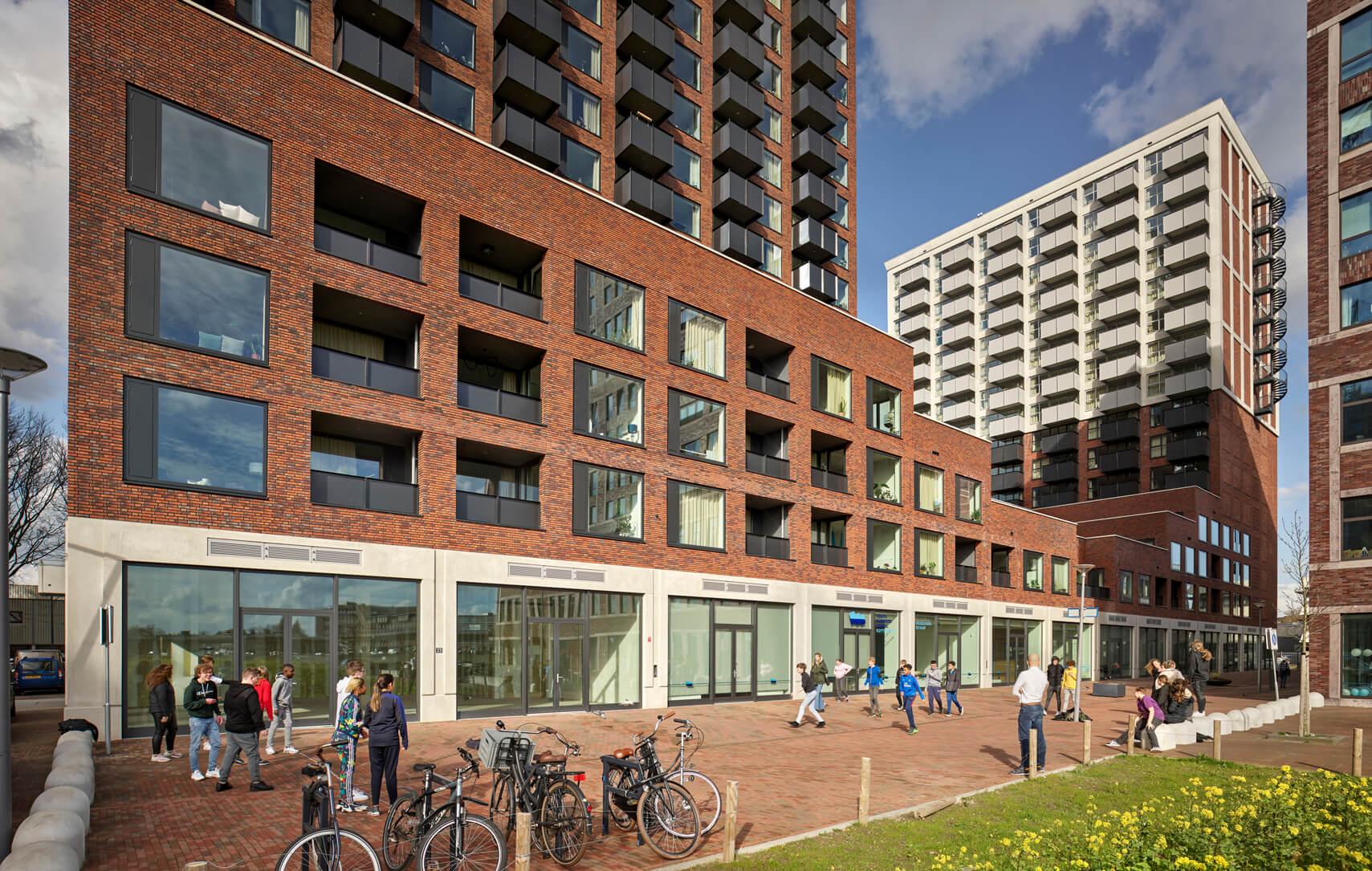 The FIZZ Cobana Rotterdam gemeenschappelijke ruimte