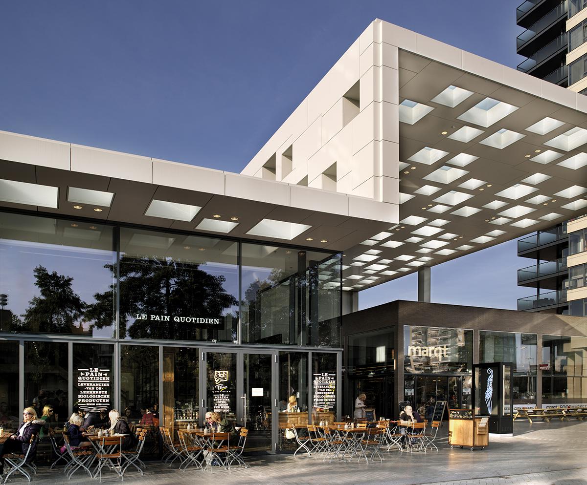 Winkelcentrum Gelderlandplein Elementhotel Amsterdam stenen luifel