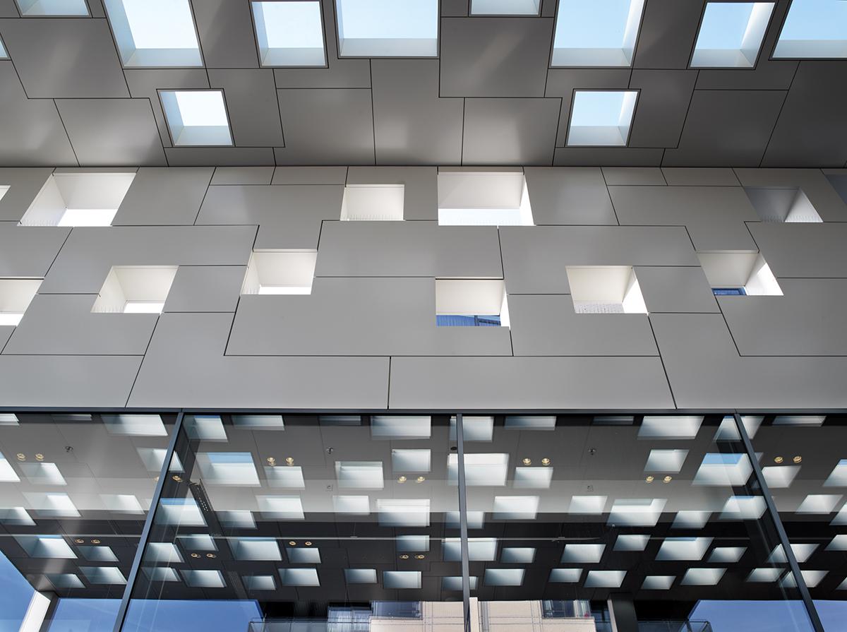 Winkelcentrum Gelderlandplein Elementhotel Amsterdam detail luifel
