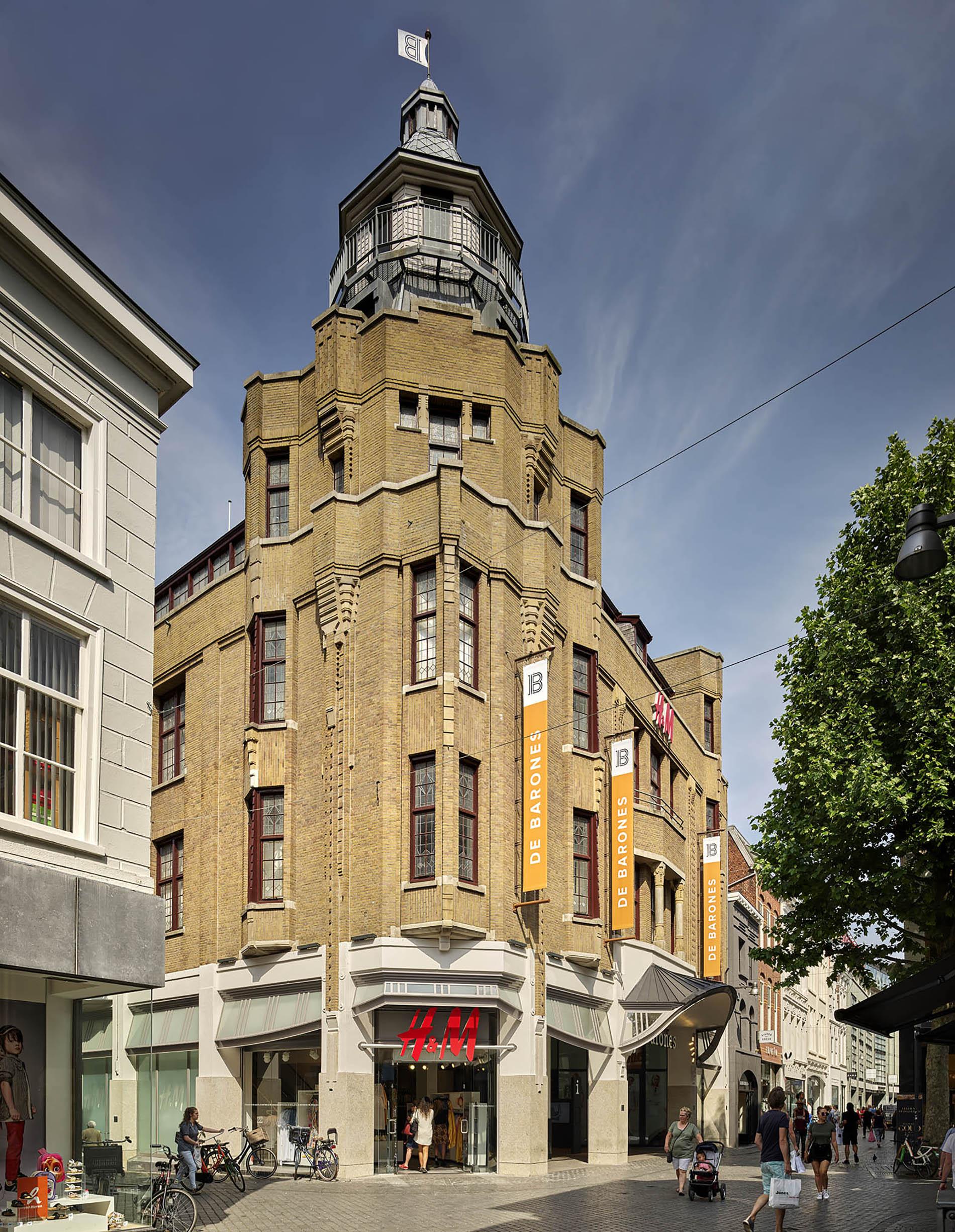 De Barones Breda monumentaal exterieur LR
