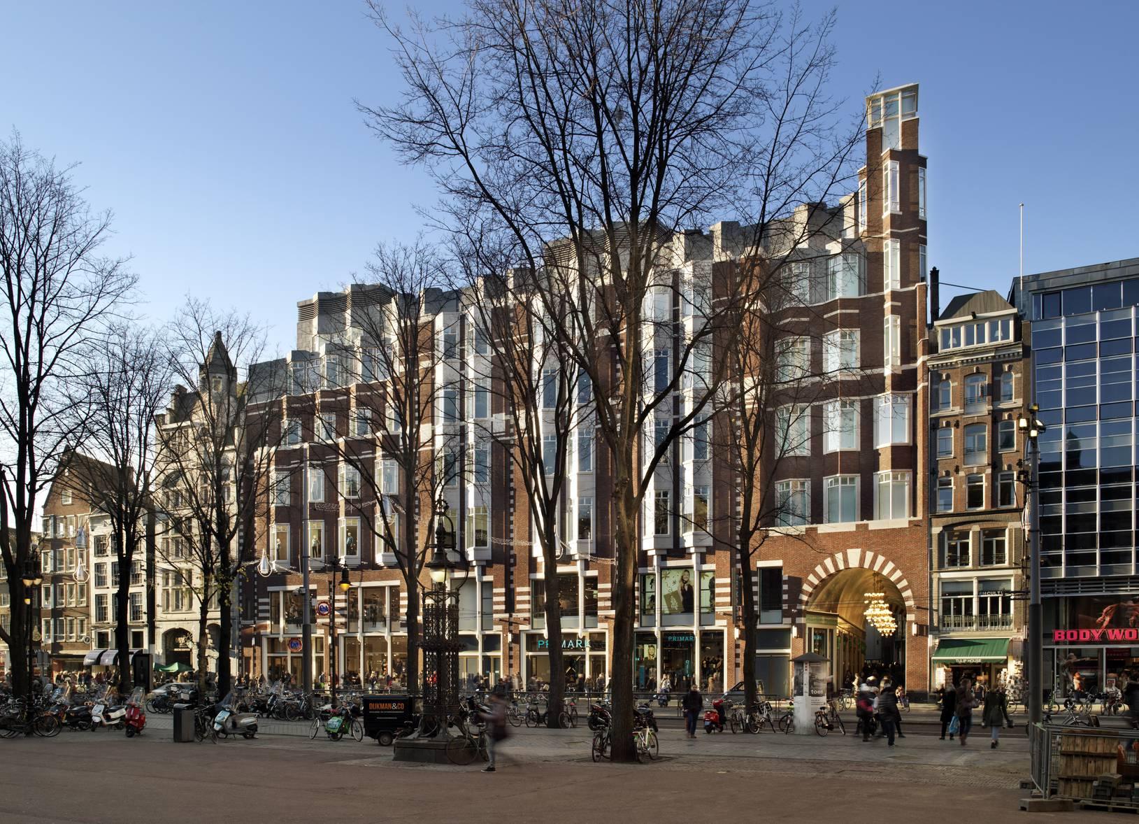 Beurspassage, Damrak, Nieuwendijk Amsterdam Rokin