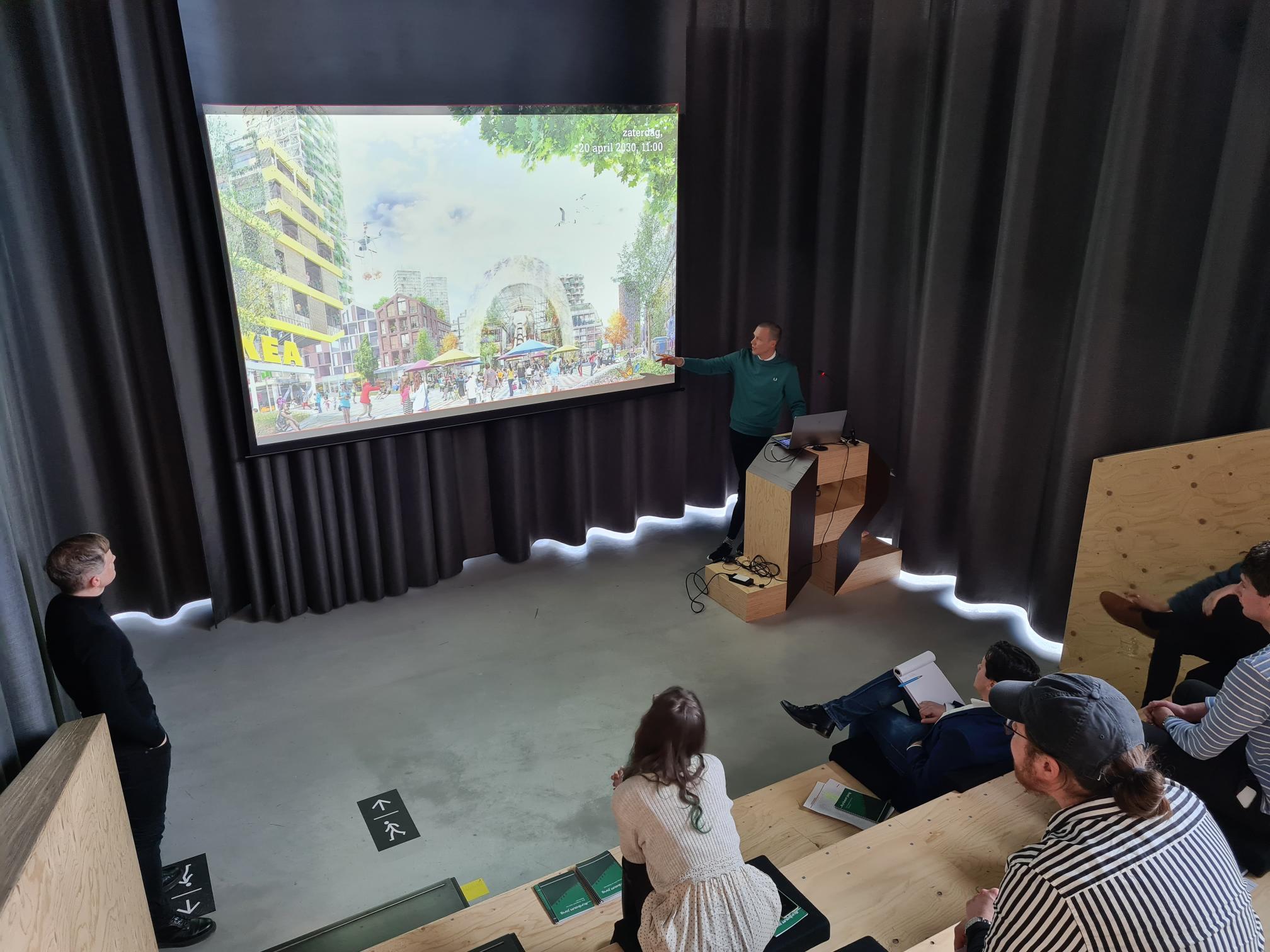 Frederik Vermeesch presenteert tijdens eerste editie Rijnboutt Jong in Amsterdam